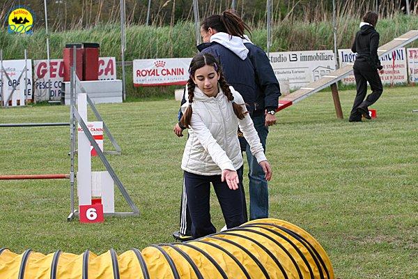 082-agility-dog-cecina-11-04-10